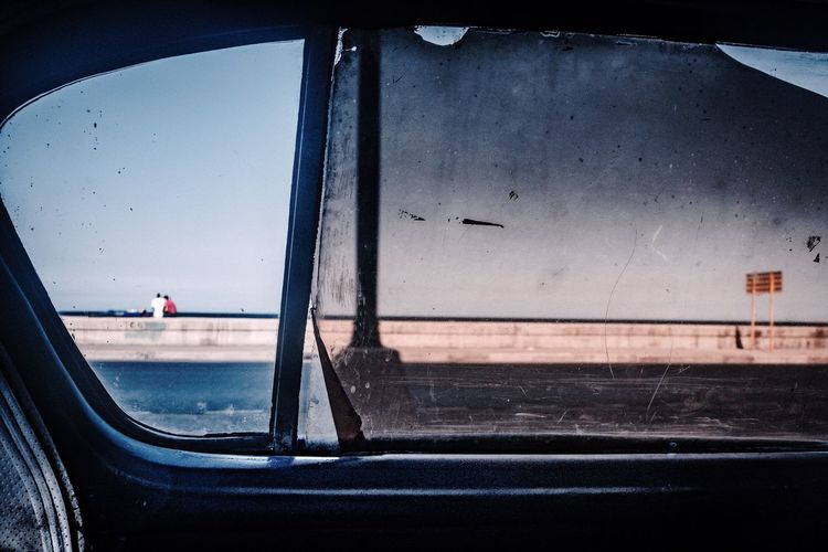 Taxi Malecón, La Habana Taxi Havana Cuba Cuba Collection Water Mode Of Transport Sea Window Day EyeEmNewHere Stories From The City Adventures In The City Focus On The Story The Street Photographer - 2018 EyeEm Awards