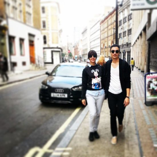 Strolling around :) London Happy Friends Soho