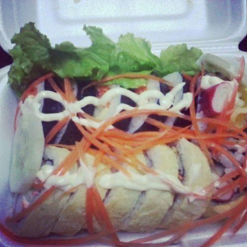 Beauty Ofkoreanfood Riceroll Yummy myfavouriteinstafoodinstamoodinstaphotoinstagramlikeforlikefoodmakesucompletetruth :)