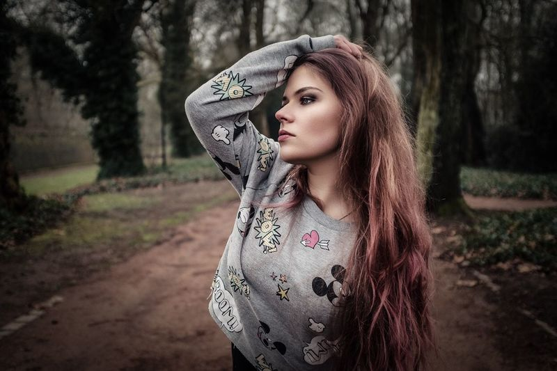 One Person Real People Lifestyles Leisure Activity Young Adult Outdoors Young Women Focus On Foreground Fashion Beautiful Woman Tree Day Nature Beauty Portrait Adult Close-up People Adults Only