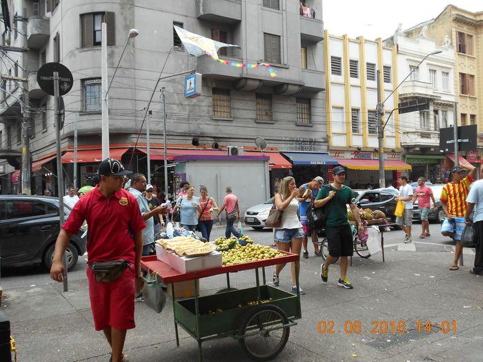 The Bubble Man Bubble Wand Bubbles Mercado Municipal De São Paulo Month Of February Susan A. Case Sabir The Bubble Man Unretouched Photography Marketplace Street Photography