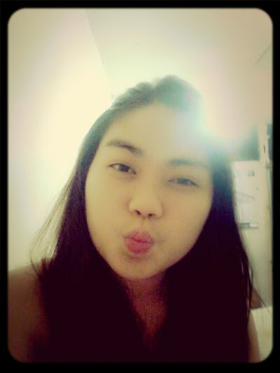 goodnight kiss :* Kisses Before The Day Ends Goodnight Mwuahh