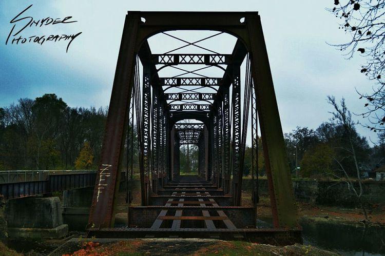 Bridge Lines Perspective Rust Oxidation Steel Abandoned Train Railway White River