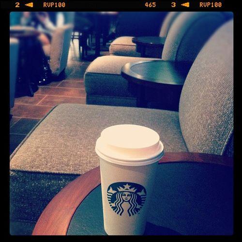 昔この駅ビルはLUMINEだったんだけどな~ローカルになったもんだ^^; Cafe Coffee Starbucks Owataris