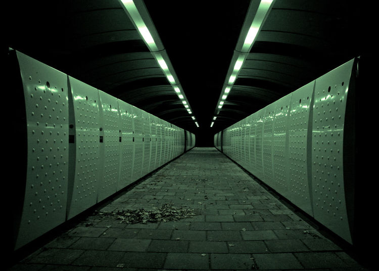 locker subway