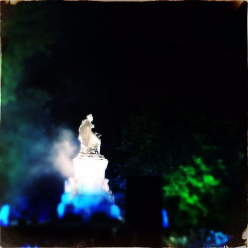 Vondelpark Statue Night