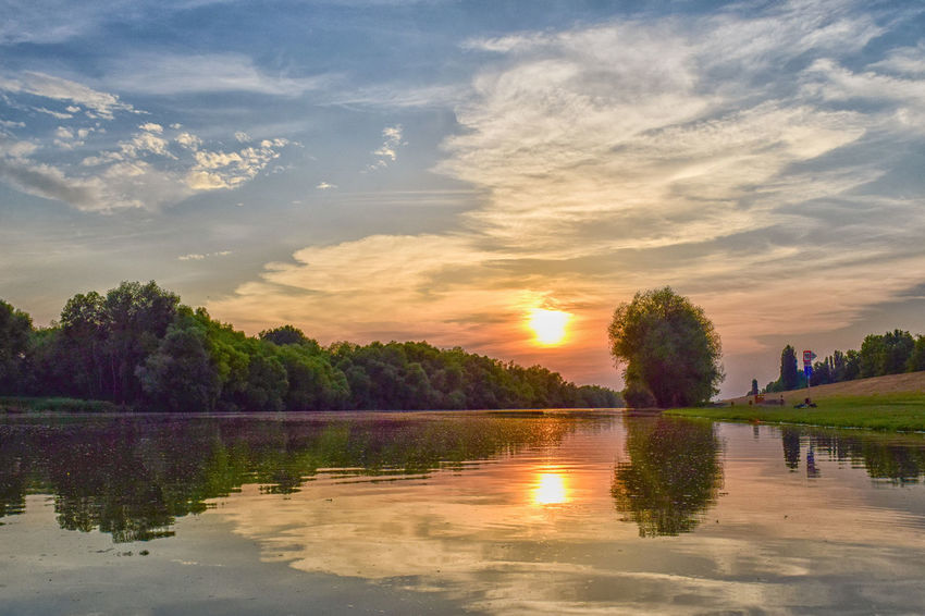 Beauty In Nature Beauty In Nature Cloud - Sky Dslrphotography Idyllic Nature Nature Nikon Nikonphotography Reflection Sky Sun Sunset Tranquil Scene Tree Water Waterfront