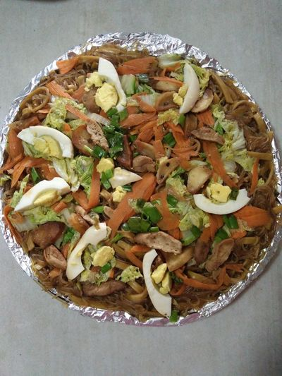 Pancit Freshness Ready-to-eat Food Cellphone Photography Serving Size