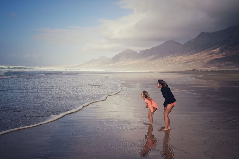 Two girls and the Ocean Ocean Holydays Water Young Women Friendship Togetherness Bonding Beach Women Full Length Sand Summer Exploratorium A New Perspective On Life Moments Of Happiness