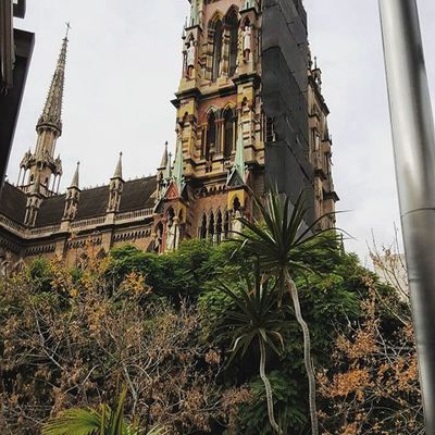 Una vueltita por Nueva Córdoba Cordobaquelindaquesos Architecture Colores de Otoño Fall