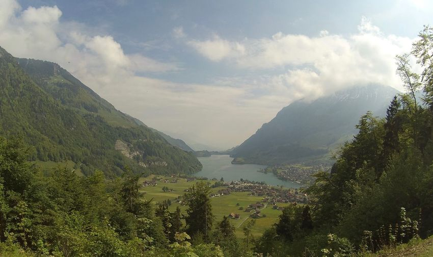 Beauty In Nature Cloud Green Color Idyllic Lake Mountain Mountain Range Non-urban Scene Scenics Schweiz Sky Sunny Switzerland Water