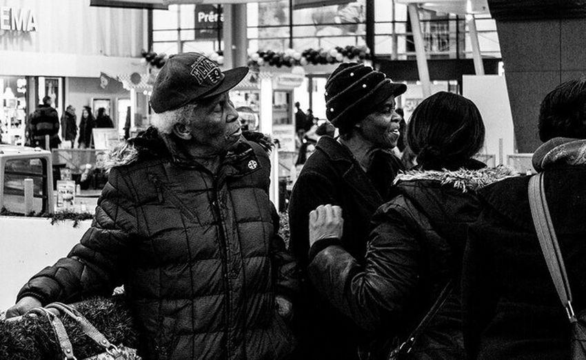 Streetphotography_bw Monochrome Conversation
