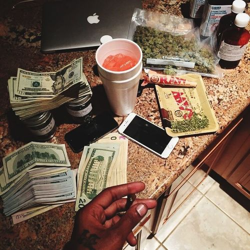 Lifestyle Drugs кеш ₴ пафосчерезкрай деньгиневопрос Relaxing Richkids  Richbitch  RichKidLife