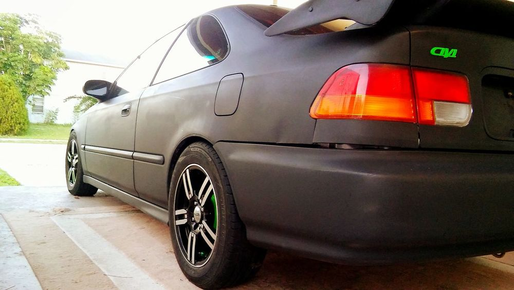 Just got the civic back on the ground with complete new suspension.Honda HondaNation High Octaine CivicCoup Honda Civic Hondasociety Hondacivic 96 Honda Civic Civic Racing Hondaracing HondaLove Civic Coupe Import Racing