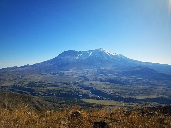 Mt. St. Helens  The Great Northwest Explore Washington Glorious Northwest Do You Travel Mountain Volcano Valley View Scenics Outdoors Perspectives On Nature