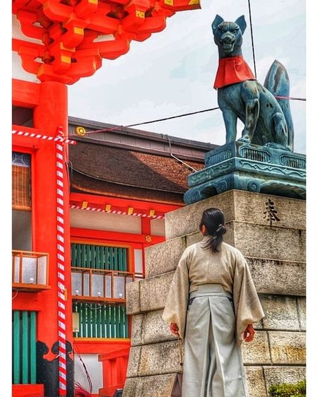 Japan Japanese  Kyoto Kansai City Standing Men Cultures Architecture Building Exterior Built Structure Place Of Worship Ancient Civilization Historic Temple - Building