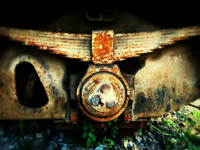 No People Close-up Day Outdoors Outdoor Photography Train Evening Steel Structure  Steel Factory Locomotive Locomotiv Workshop Locomotive Wheel Locomotive Engineer Shock Absorber Steel EyEmNewHere