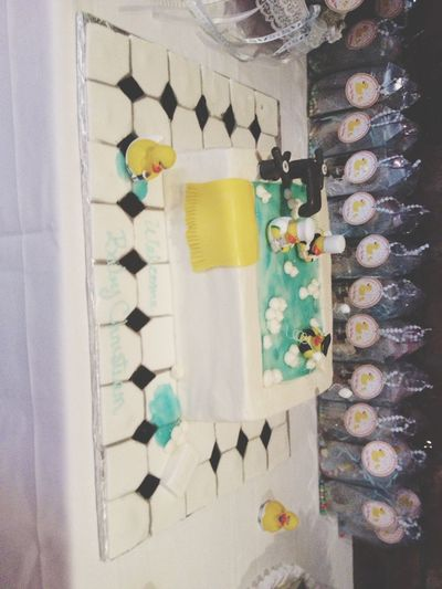 Sisters Babyshower Cake