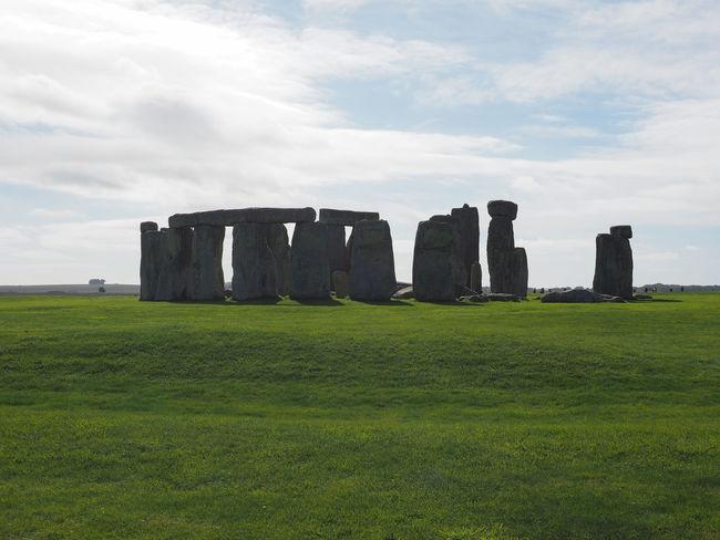 Stonehenge in Salisbury England Architecture Celtic Magical Ruins Stonehenge Memorial Stonehenge And Sky United Kingdom Wiltshire Celts England Grass Magic Monument Nature Religion Ruin Stone Stonehenge Uk