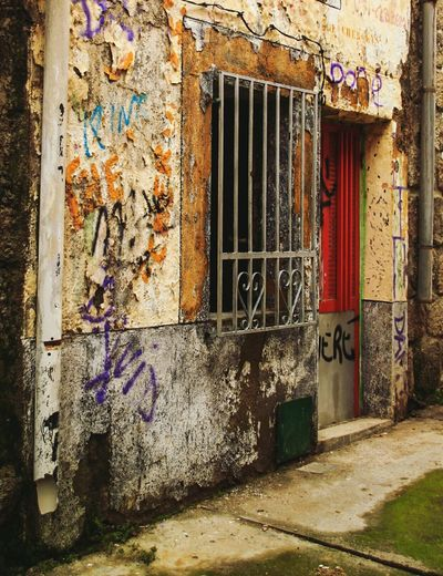 Built Structure Building Exterior Window Door No People Abandoned Outdoors Day Decrepit Graffiti Okupas Rusted Old Painted Wall EyeEm Gallery Check This Out Travel Burgohondo