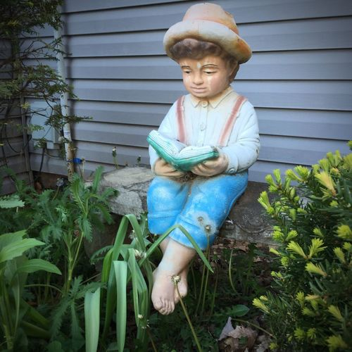 Just chillin' ... Pretending to read this blank book Lawn Ornaments Creepy Outside Your Window Statue