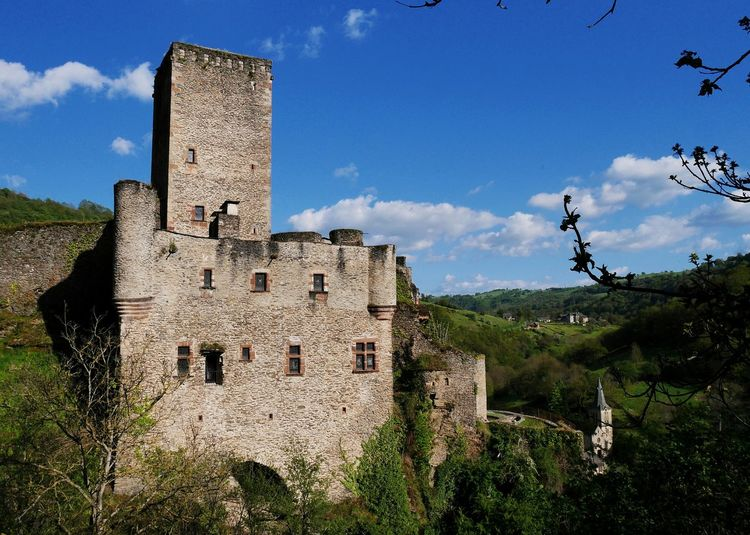 Château de Belcastel - Sky History Castle Built Structure Architecture Nature Clouds And Sky Oldtown Old Architecture Nature Photography Ancient Nature Building Exterior Architecture_collection Architecturelovers Architecture Old Town Aveyron Occitanie Castle Old Castle Old Village Day
