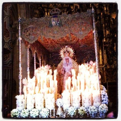 Esperanza Macarena Semana Santa Sevilla 2013 Esperanza Macarena