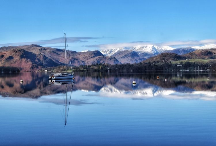 A wintery view of Ullswater, with the snow capped fells. Have a lovely weekend everyone. Reflection Beauty In Nature Tranquility Tranquil Scene Cold Temperature Frosty Mornings Ullswater Atmospheric Mood Malephotographerofthemonth Photography Is My Escape From Reality! EyeEm Nature Lover Beauty In Nature Reflection Lake Tranquility Cumbria