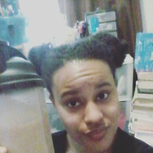 Drinking Shakeology is the best recovery for a workout hands down. Want to get started down a healthier, all natural way of life? Challenge yourself and become a paid beach body coach and apart of my team! 💪😊💵 Fitness Shakeology Benefits ILoveMyJob Challenge Exercise Postworkout Positivevibes LoveYourself Fitnesscoach Beachbody PersonalGrowth NoDaysOff Eatright Eatclean GymLife Athomeworkout EatHealthy Insanity Beachbodycoach Healthyliving PersonalDevelopment  Challengeyourself Beachbodychallenge
