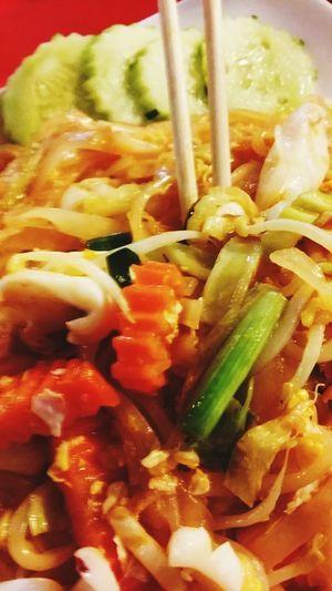 Dernier diner de Laetitia avant retour à Johor Bahru :( Du coup, je me console avec un Pad Thai mixed seafood...huuummm Seafood