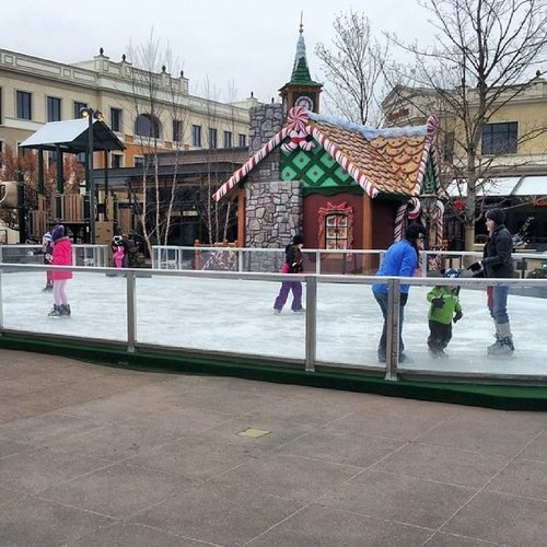Iceskating at Thevillage in MeridianIdaho