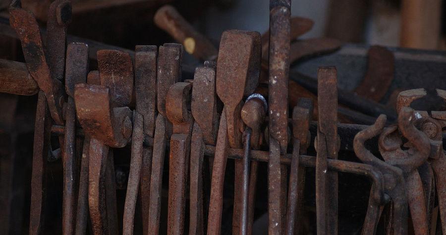 Acier Detail Details Equestre Ferme Ferronnerie Forge  Metal Metallic Outillage Wood - Material