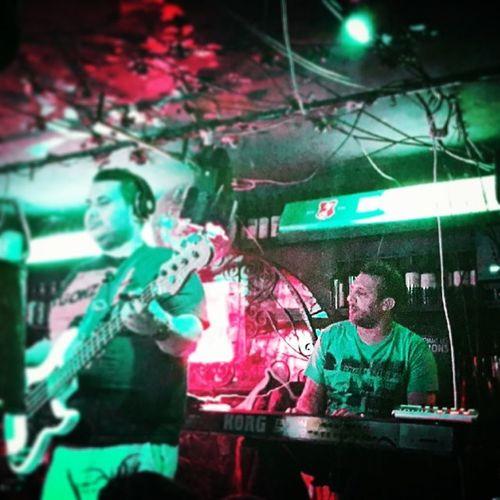 Mehdi mouelhi Boeuffy Metis Music Instamusic jeudi leboeufsurletoit Friends instafreind drink bahja