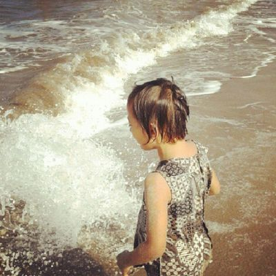 take a rest at pameungpeuk beach (3) Instamudik