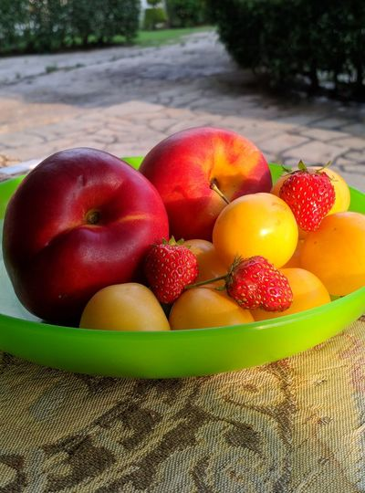 High angle view of apples in bowl
