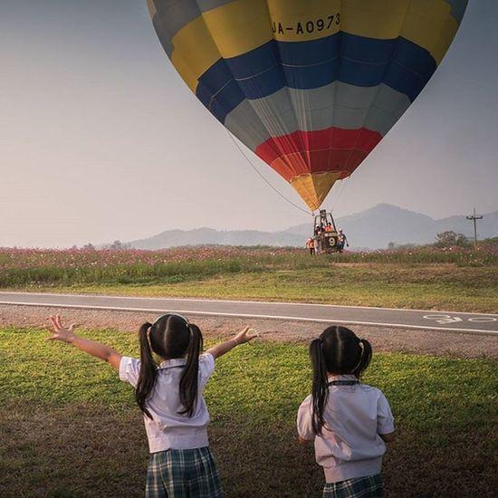 ความรู้สึกเมื่อได้เห็นบอลลูนครั้งแรก Lumixgx8 Balloonfiesta  Ballon Singhaparkchiangrai Thailand Thetrippacker Thaitraveling Reviewthailand Reviewchiangrai Loves_siam Chianghaijudpai Singhapark