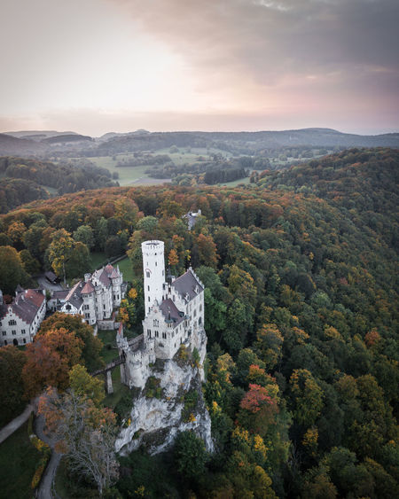 This one is from my last mission in Southern Germany: Castle Lichtenstein dancing in the sunset. The way this castle was build on a small cliff really amazed me! Autumn Castle Drone  Lichtenstein Castle Schloss Schloss Lichtenstein Architecture Beauty In Nature Building Exterior Built Structure Cityscape Day Dronephotography Fall Landscape Lichtenstein Mountain Nature No People Outdoors Scenics Sky Sunset Tree