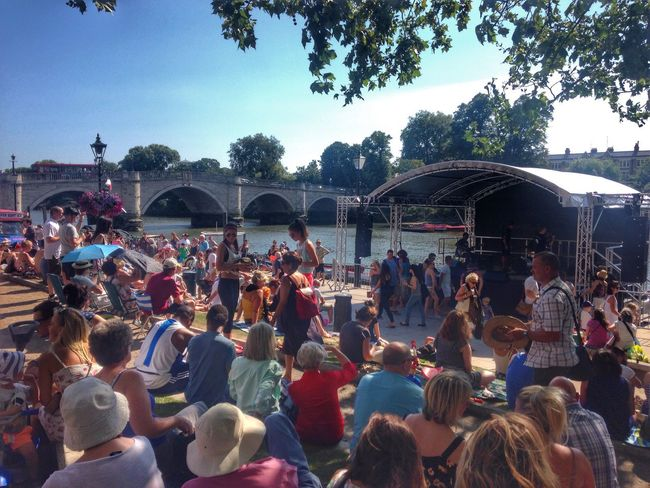 Festival Music Enjoying Life London Richmond Enjoying The Sun