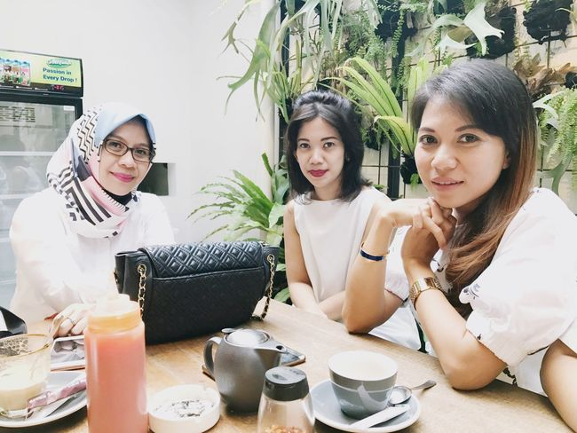 Arisan Ex IMLC's Moms 2nd Round, part 1. At SRSLY Coffee Shop, Cipete Raya. Arisan Ex IMLC's Moms 1 By ITag Arisan Ex IMLC's MOMs By ITag ImpressiveMindsMoms Friends By ITag