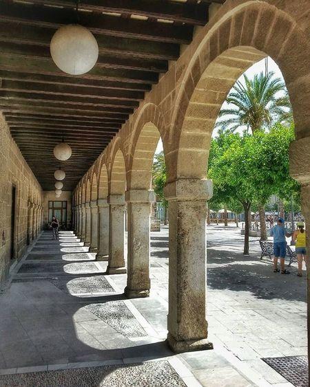 Plaza del Arenal de Jerez de La Frontera. ************************************************* ★★★★FOTO SELECCIONADA POR★★★★ 👉🏼@andalucia_monumental. Les doy las gracias por elegir esta foto para incluirla en su fantástica galería. Desde aquí recomiendo seguirlos y usar su etiqueta. ************************************************* Jerezdelafrontera Todoclick Hdr_pics Hdr_lovers Great_captures_HDR Anonymous_hdr Collection_hdr Ok_spain Hdr_captures Love_hdr_colour Hdr_spain Roadwarrior_hdr Estaes_cadiz IG_HDR_DREAMS Descubriendoigers Travelmag_hdr Ok_streets Andaluciaviva Andalucia_monumental IG_andalucia Loves_cadiz Hdr_proffesional Ig_great_pics Asiesandalucia Your_worldcaptures insta_world_free coolworld_hdr match_hdr turismojerez hdr_reflex