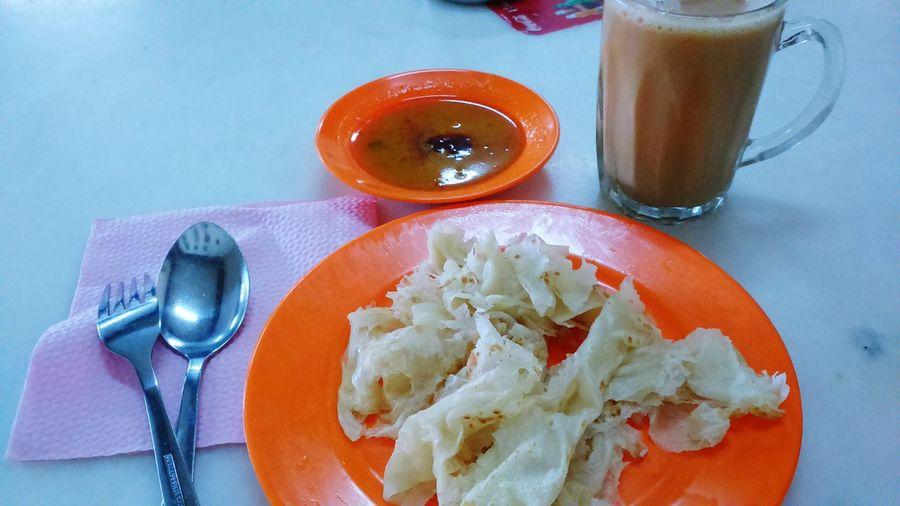 Malaysian breakfast . Roti Canai Teh Tarik Malaysia Malaysian Food Trully Asia