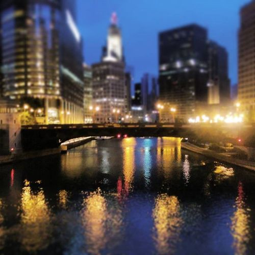 Been awhile Chicity Chicago Chicagosummer Citylife ChiTown Chi 5aminchicago Chicagoriver Summer Paint The Town Yellow