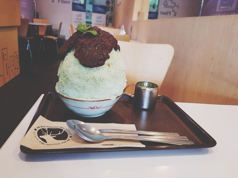 EyeEm Selects Indoors  Sweet Food Table Dessert Food And Drink Close-up Day Frozen Food Freshness Ready-to-eat Food Redbean Bingsu Yummy アイス うまい 小豆 Indulgence No People Temptation Scoop Shape Ice Cream
