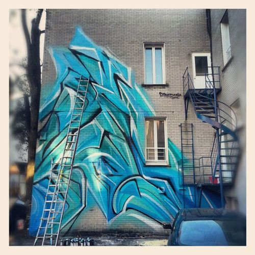 Abstract Mastrocola Spraypaint Spraycam beauty huge blue turquoise colorize montreal