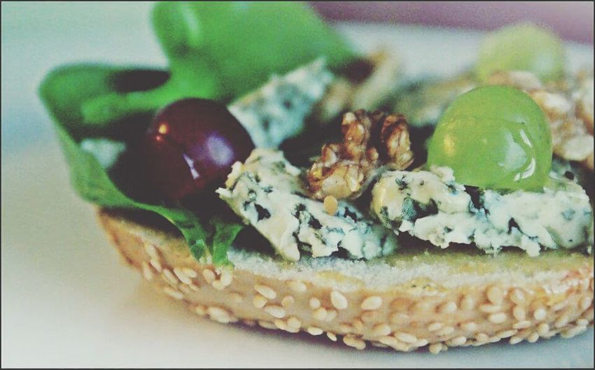 Quick Bite Healthylife Grapes FoodADDICT Mint By Motorola My Favourite Breakfast Moment