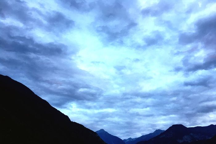 Cloud - Sky Sky Nature Scenics Mountain Beauty In Nature No People Tranquility Tranquil Scene Outdoors Day Silhouette
