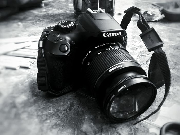 Camera - Photographic Equipment No People Day Photography Themes