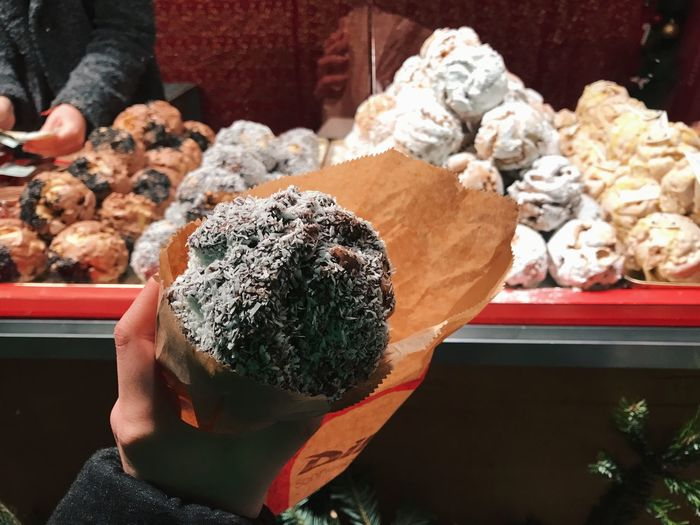 Sweet Sweet Food Yummy Schneeball Germany Weihnachtsmarkt Christmas Market Weihnachten One Person Real People Holding Human Hand Day Food And Drink Hand Food Lifestyles