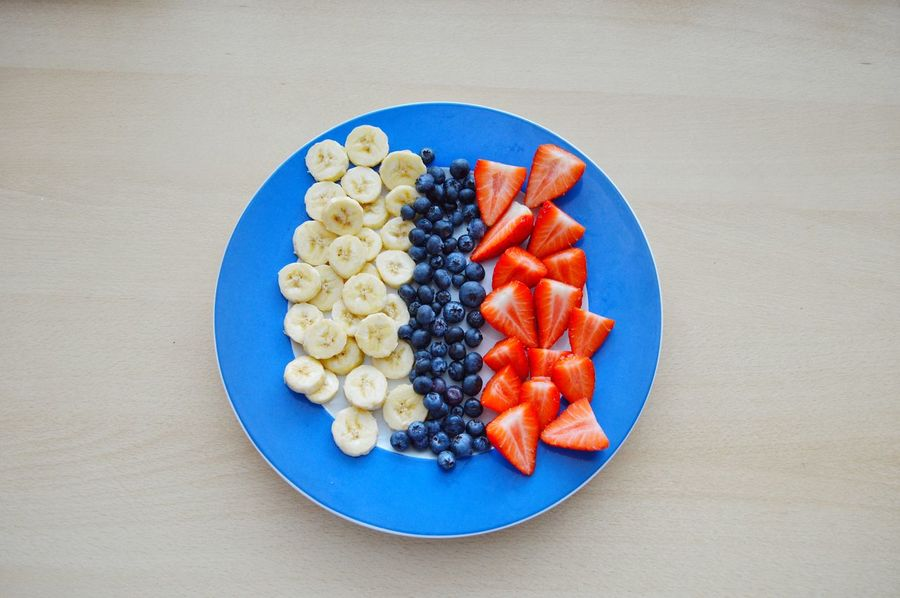 Food And Drink Fruits Colorful Strawberry Lifestyles Healthy Lifestyle Banana Blueberry EyeEm Selects Plate Circle Food Blue Healthy Eating Directly Above Fruit Freshness Comfort Food Ready-to-eat Close-up Indoors