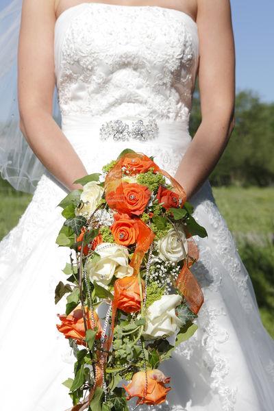 Beauty In Nature Flower Boquet Marry Orange We Wedding Wedding Dress Wedding Dresses